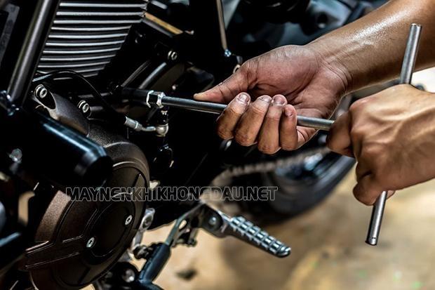 Kiểm tra và bảo dưỡng xe máy thường xuyên