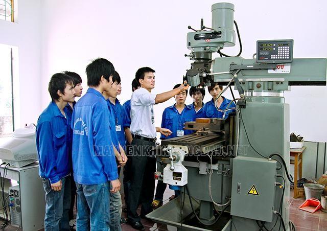 Quy trình vận hành máy móc thiết bị
